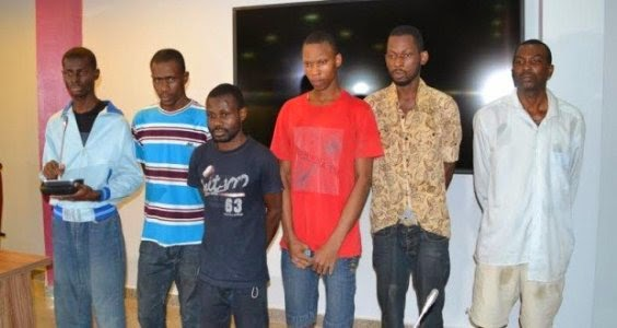 hoto: Police parades suspected kidnappers of GEJ's uncle