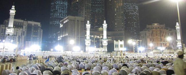 umroh-full-ramadhan-2018-tarawih