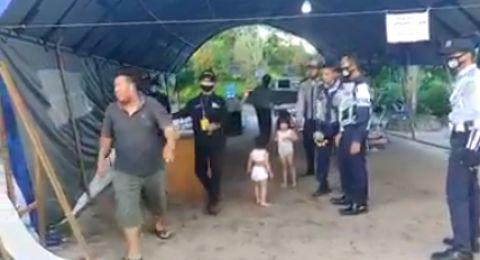 Tak Mampu Beli Susu saat Corona, Seorang Ayah Serahkan 2 Anaknya ke Petugas PSBB
