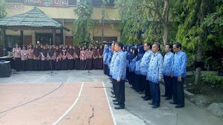 Dewan Guru SMAN 11 Surabaya