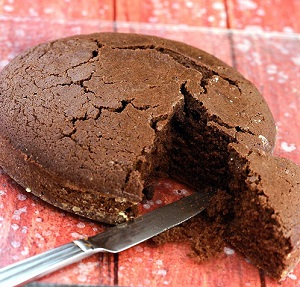 Microwave Chocolate Sponge Cake in 5 Minutes, Indian Style