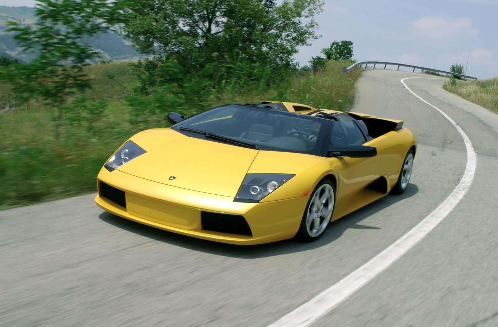 Designers Use The B 2 Stealth Bomber Lamborghini Murcielago Roadster Dream Fantasy Cars