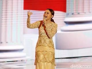 Salah Lirik Lagu 'Indonesia Raya' di Debat Capres, Rossa Minta Maaf
