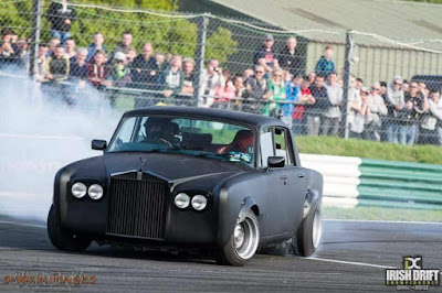 Classic Rolls-Royce Mafia Version Drift Competition