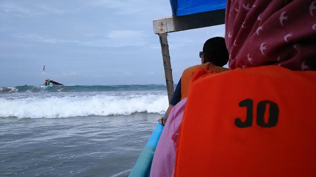 Naik Perahu Pantai Pangandaran