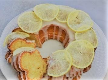 How to Make Lemon Mascarpone Cake with Raspberries