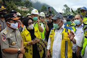 Tinjau Longsor Palopo-Toraja, Menteri PUPR: Bikin Jembatan Gantung