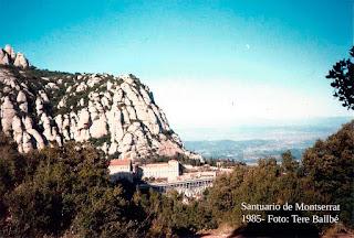 Montañas de Montserrat 1985. El monasterio al fondo