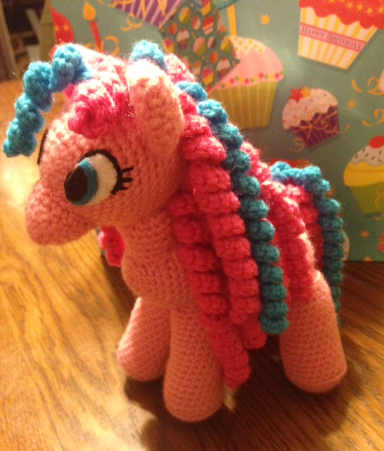 Sleeping unicorn pony crochet pattern | Crochet unicorn pattern ... | 640x546
