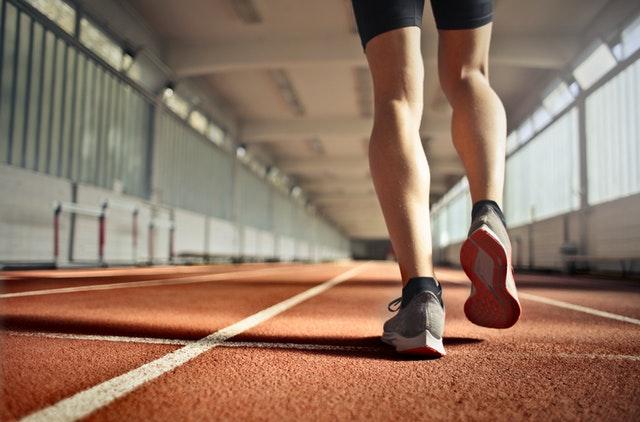 घर में रहकर पैर का वर्कआउट कैसे करें | 4 facts of legs workout in hindi