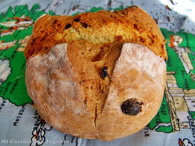 Pan de Soda con Pasas (Irish Soda Bread)