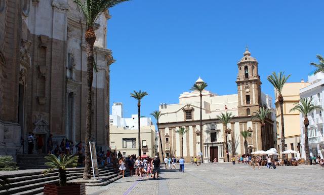 Iglesia de Santiago en Cádiz