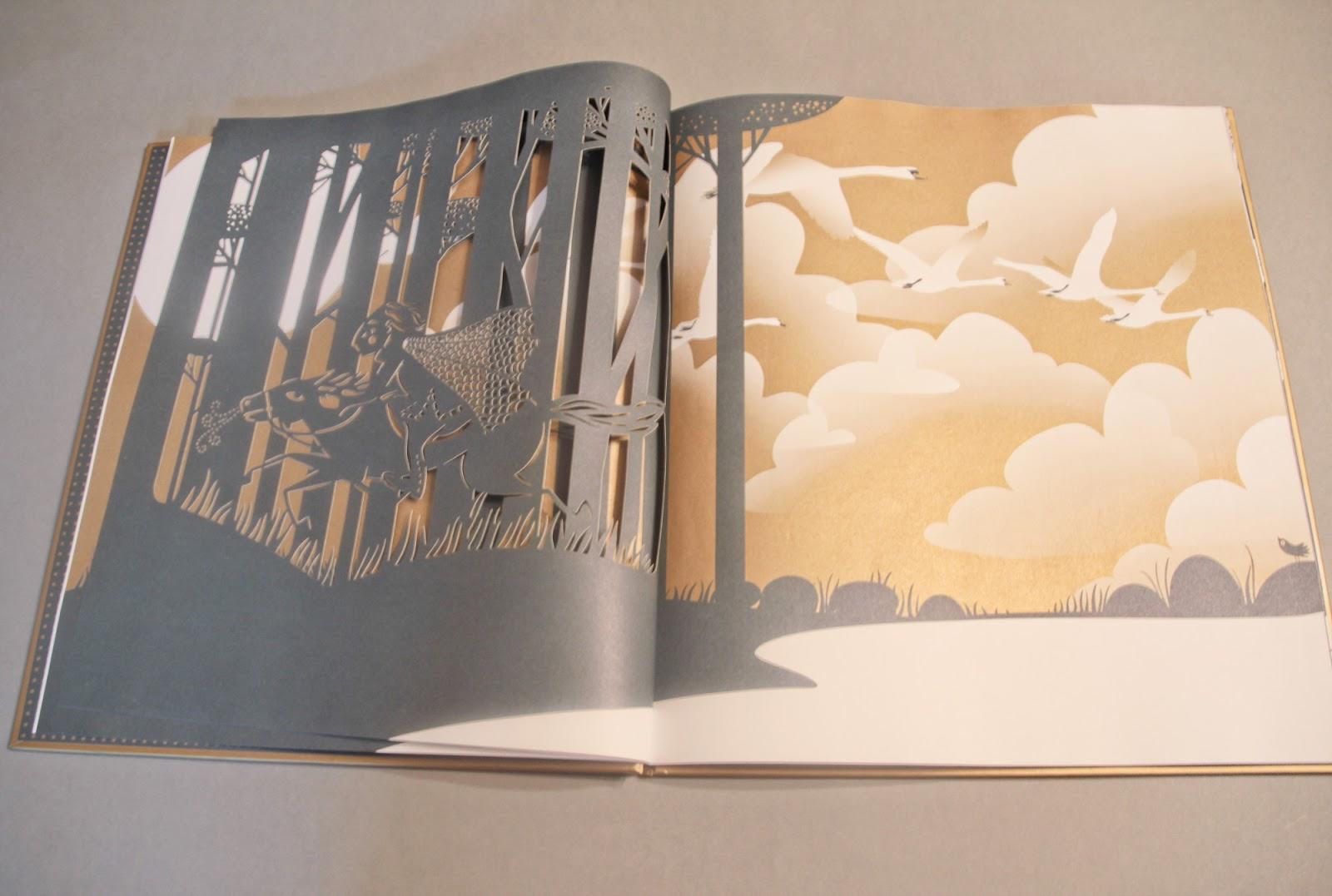 """picture book """"Jezioro łabędzie"""" Charlotte Gastaut wydawnictwo Mamania"""