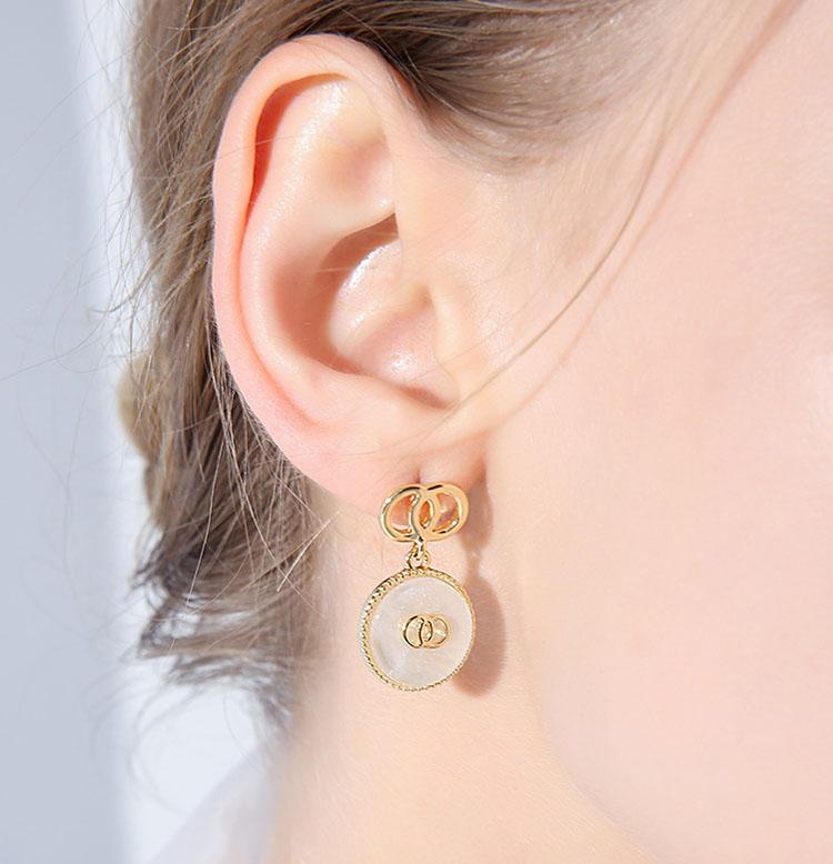 個性風貝殼.白耳環
