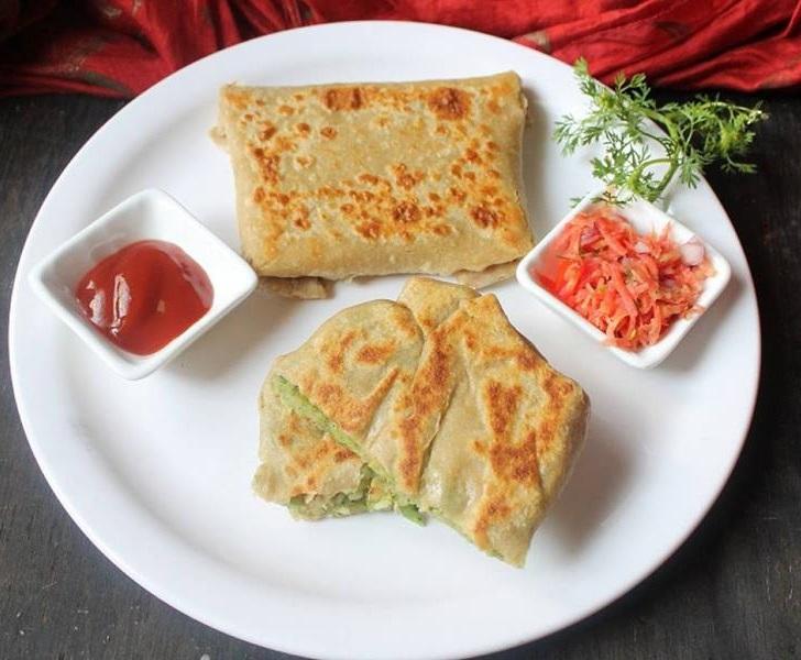 Broccoli and Aloo Lifafa Paratha
