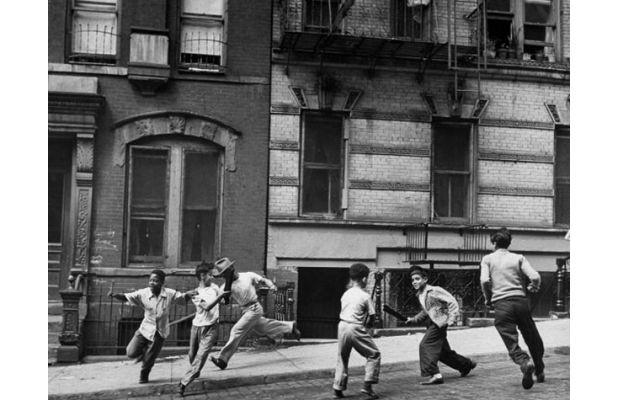 Stickball, Spanish Harlem (1947)
