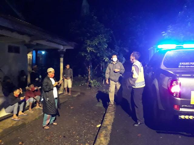 Isu Pocong Resahkan Masyarakat, Kapolsek Kutasari Minta Warga Aktifkan Siskamling