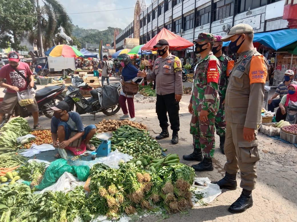 Dimasa tatanan kehidupan baru (New World Order), Kodim 0410/Kota Bandar Lampung bersama gugus tugas penanganan Covid-19 terus meningkatkan kepedulian kepada warga