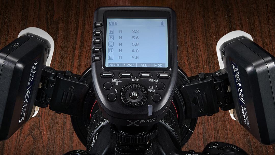 Управление с помощью радиосинхронизатора Godox XPro двумя макровспышками Godox MF12