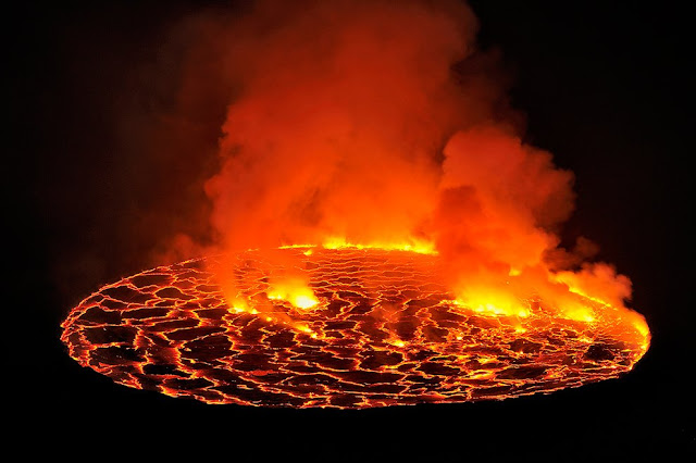active volcanoes of the world