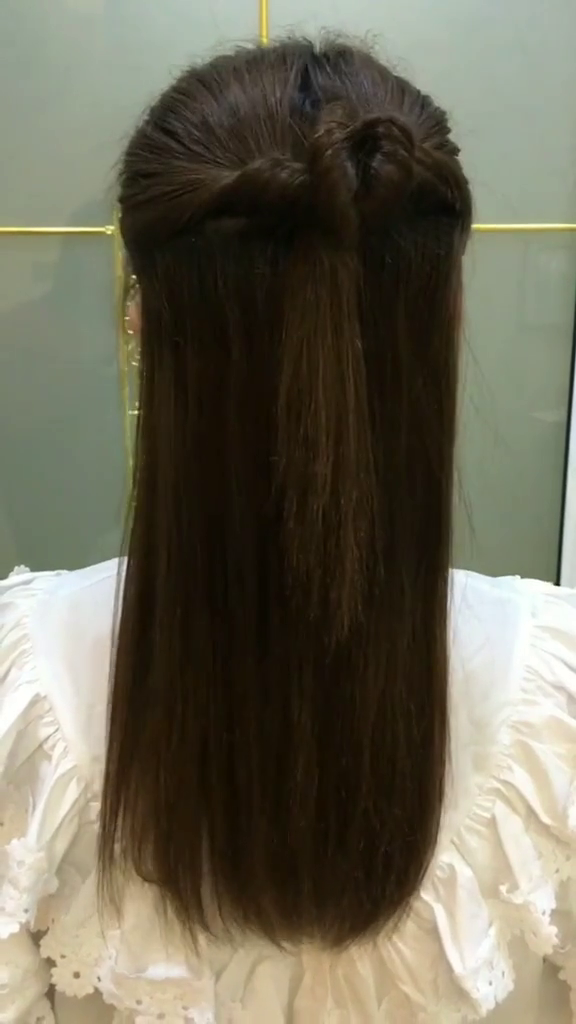 MattkayDiary: Why do women mostly have long hair?
