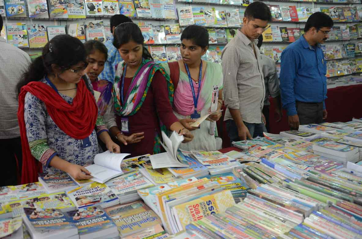 Visit to Delhi Book Fair, Sep. 2012