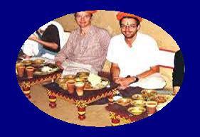 खड़े होकर भोजन करने से क्यों मना किया जाता है? Khade hokar bhojan kyo nahi karna chahiye?