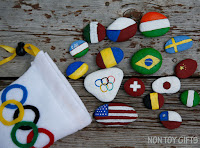http://nontoygifts.com/flag-rocks-olympic-craft/