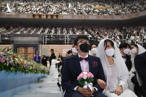 Cập nhật dịch corona ngày 8-2: Trung Quốc có 717 người chết, vượt số ca tử vong vì SARS