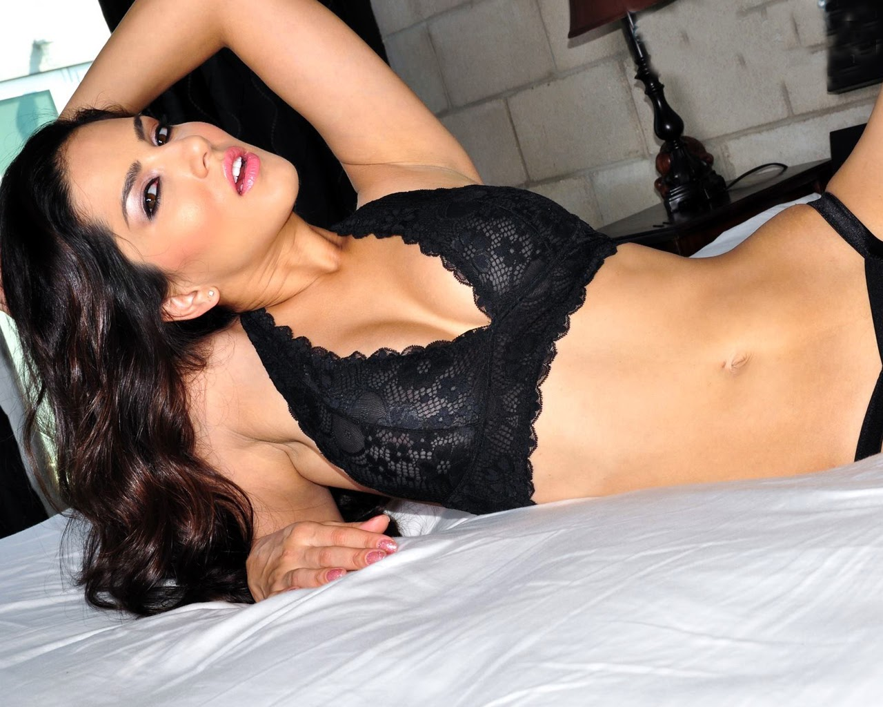 Global Pictures Gallery Sunny Leone Full Hd Wallpapers-4032