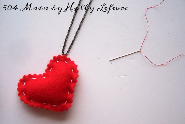 Anyone can sew this simple necklace