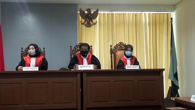 kuliah hukum karyawan