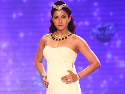 Download Gauhar Khan HD Wallpapers images and Pics Beautiful Hot Model Gauhar Khan Hd Wallpapers Images
