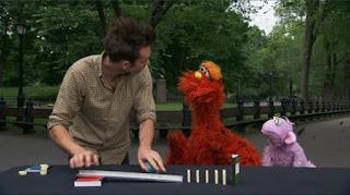 Murray and Ovejita, people in your neighborhood, kinetic artist Joseph Herscher, Sesame Street Episode 4319 Best House of the Year season 43