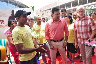 VVS Laxman Inaugurates Airtel Hyderabad Marathon Expo & SportEX India Event  0060.JPG