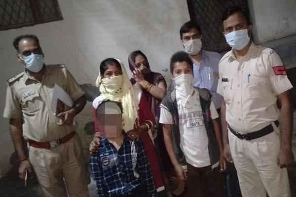 faridabad-police-dayalbagh-chowki-news-in-hindi
