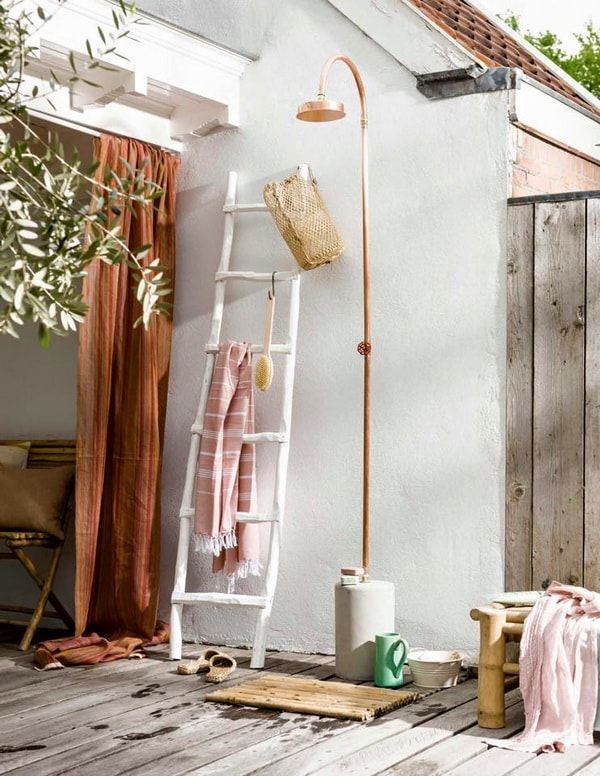 Fall In Love With Outdoor Showers - How To Build 9