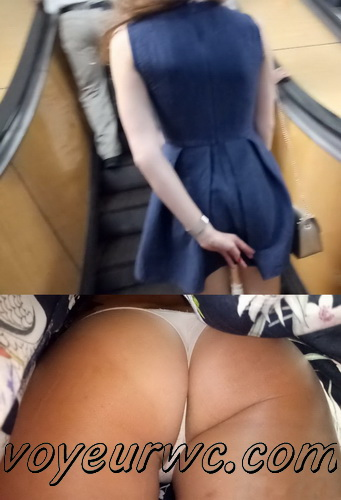 Upskirts 3959-3970 (Secretly taking an upskirt video of beautiful women on escalator)