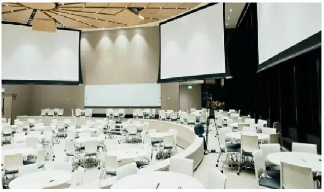 دلائل على أن مكان المؤتمر سوف ينجح في نجاح الحدث