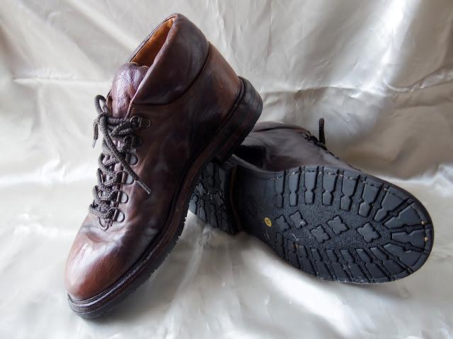 Alberto Fasciani(アルベルト ファッシャーニ)のブーツ