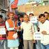 कोरोना को लेकर भाजपा कार्यकर्ताओं ने लोगो को किया जागरूक