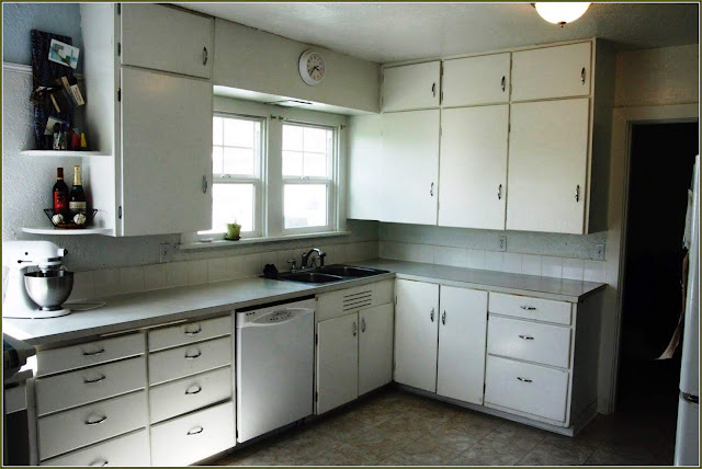 Finding Kitchen Cabinets for Cheap