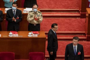 China enfrenta quase todos apesar covid 19