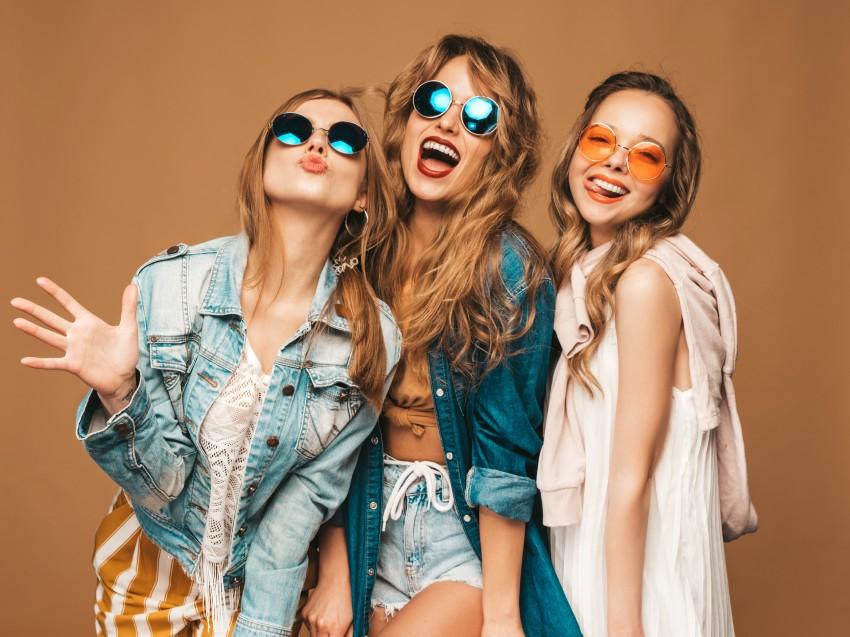 Jak kupować eleganckie ubrania w sieci?