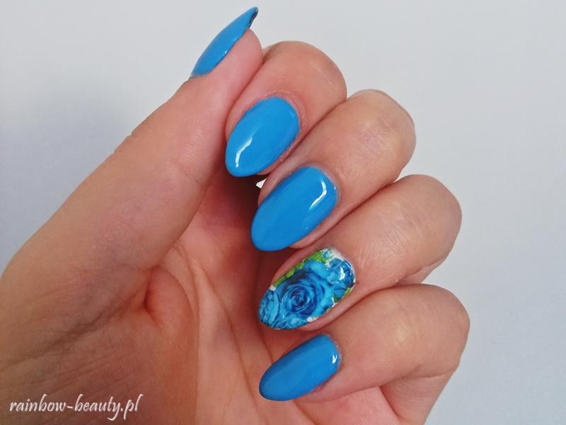 blue-manicure-roses-mani-rose-hybrid-nails
