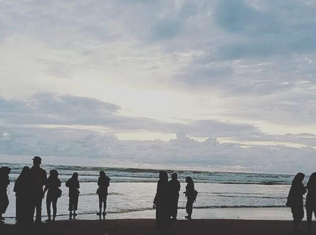 Tsunami Cipatujah HOAX - Instagram