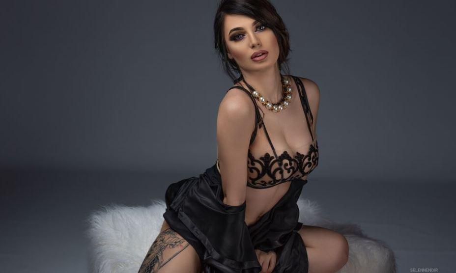 SelenneNoir Model GlamourCams