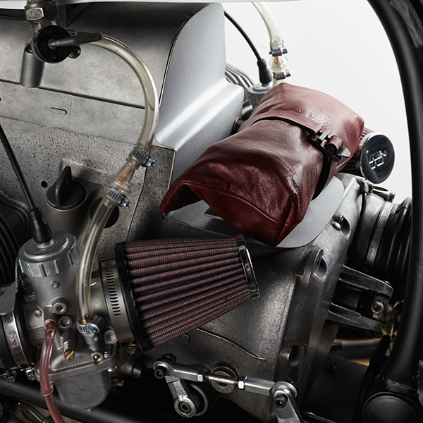 BMW R100 độ Brat - Trắng và đỏ đô !!