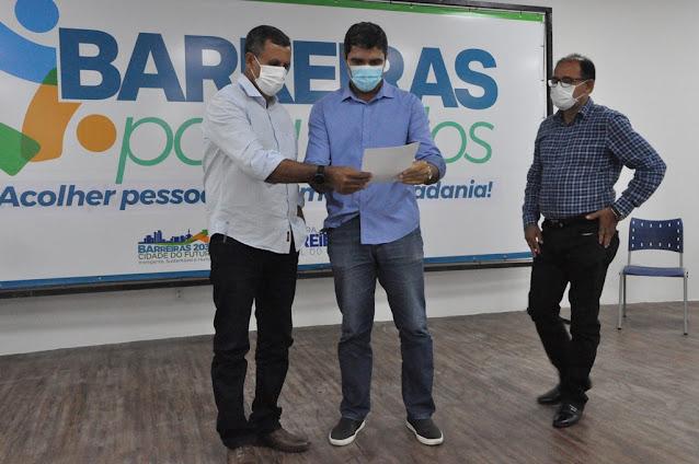 Prefeito Zito lança projeto social que vai beneficiar  trabalhadores de diversos segmentos  afetados pela pandemia em Barreiras.