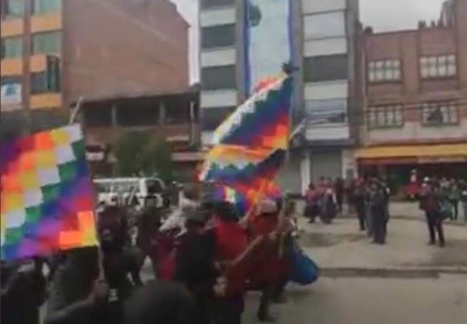 Marcha pró-Evo tem gritos de guerra civil; Morales pede tranquilidade